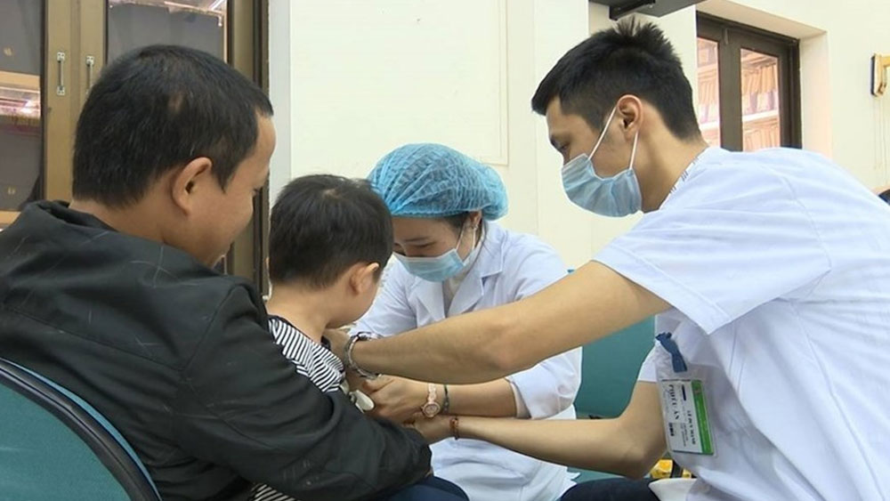 Hàng loạt trẻ nhiễm sán lợn ở Bắc Ninh: Thêm nhiều cán bộ bị đình chỉ